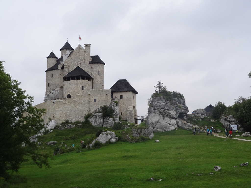 The Legend of Mirów & Bobolice Castles